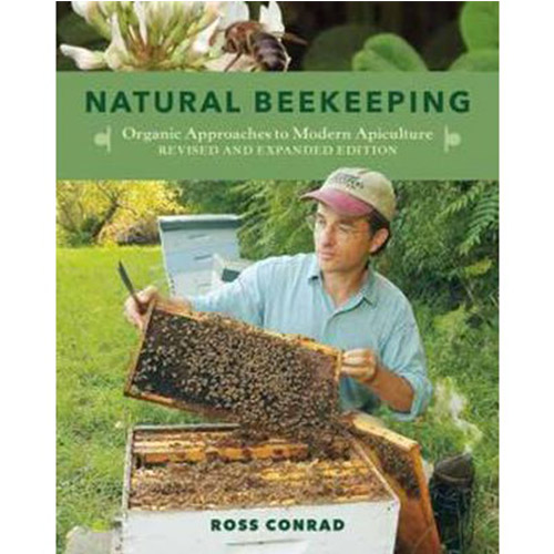 Cover Image For Natural Beekeeping: Organic Approaches to Modern Apiculture